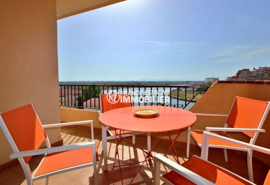 appartement a vendre rosas, ref.3804, vue marina, parking privé, plage à 250 m