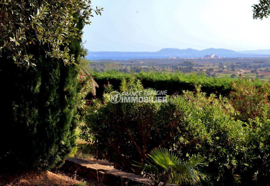 agence immobilière costa brava: villa 167 m², terrain de 1272 m² avec vue sur les montagnes