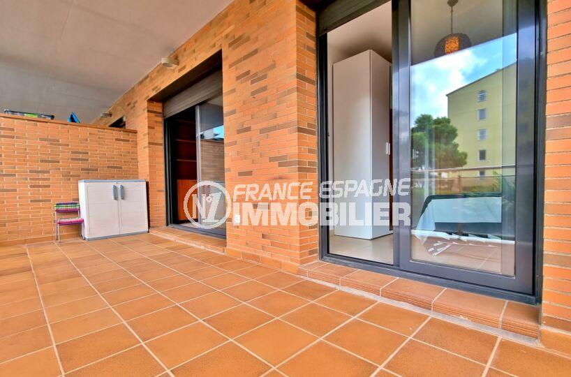 appartement a vendre rosas, 3 pièces 68 m² 2 chambres, résidence avec jardin