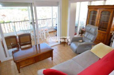 immo costa brava: appartement ref.3785, séjour avec accès à la terrasse / véranda