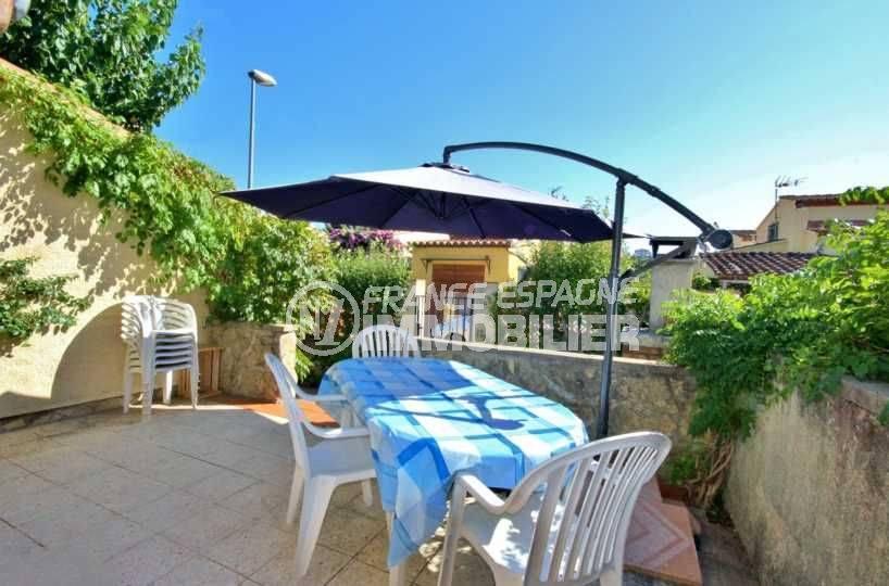 immo empuriabrava: villa ref.3791, terrasse et salle à manger d'été