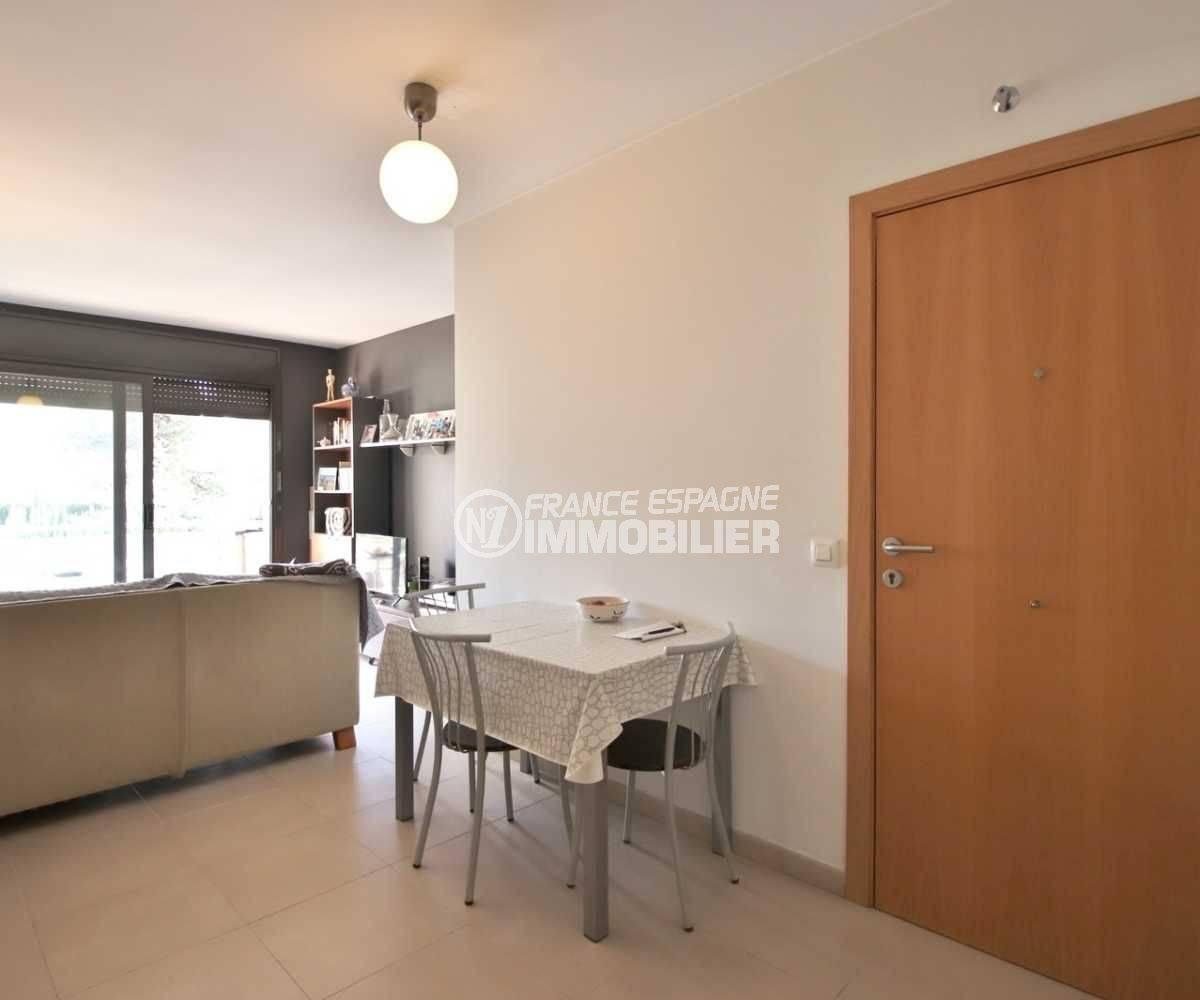 appartement costa brava, ref.3797, hall d'entrée et séjour