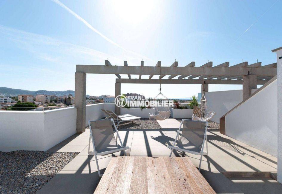 appartement costa brava, ref.3805, terrasse solarium 68 m²