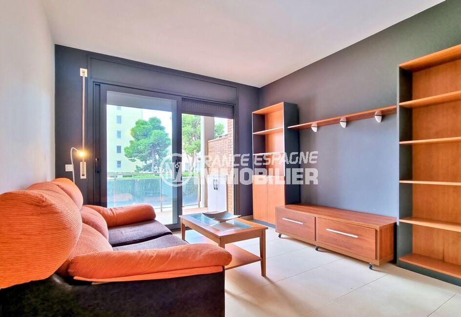 immo roses: appartement 3 pièces 68 m² 2 chambres, salon avec terrasse de 15 m²