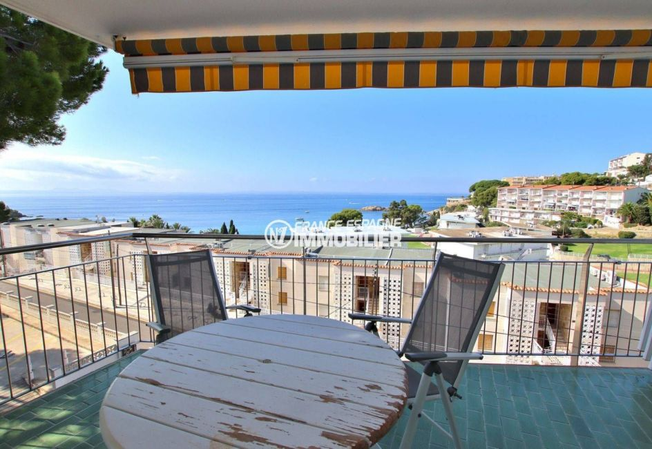 appartement costa brava, ref.3790, belle terrasse vue mer