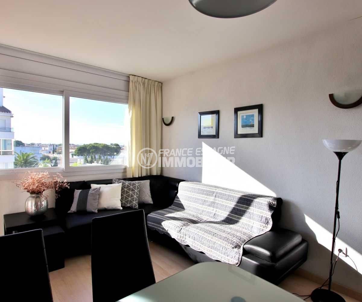 appartement a vendre rosas, ref.3776, pièce principale côté séjour