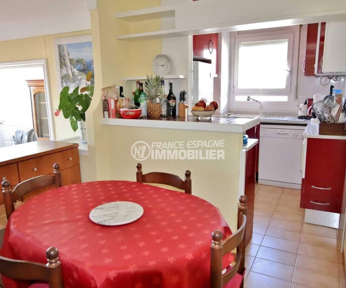 appartement costa brava, ref.3785, aperçu séjour coté salle à manger