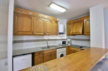 agence immobilière costa brava: appartement 41 m², cuisine américaine toute équipée