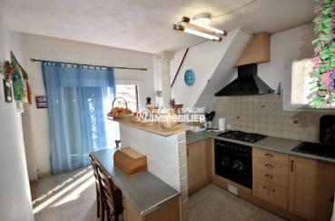 immobilier empuriabrava: villa ref.3791, cuisine amériacaine et accès terrasse