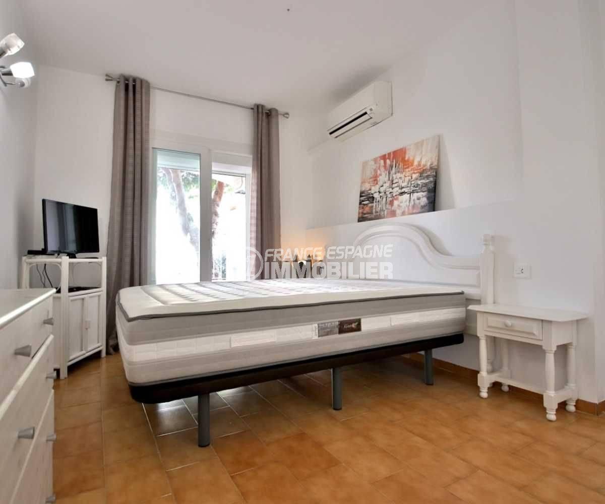 immobilier empuriabrava: appartement ref.3789,  chambre 1 avec grand lit