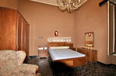 acheter maison costa brava, terrain 447 m², première chambre lit double et grande armoire