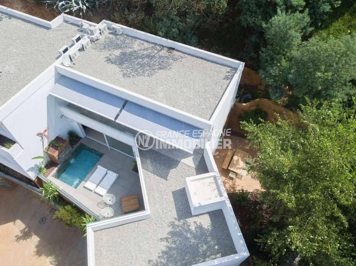 roses espagne: villa ref.3803, vue aérienne 206 m² construit, piscine et jardin