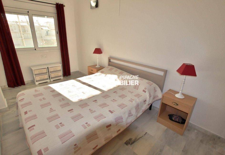 agence immobiliere empuriabrava: appartement ref.3784, chambre avec vue marina