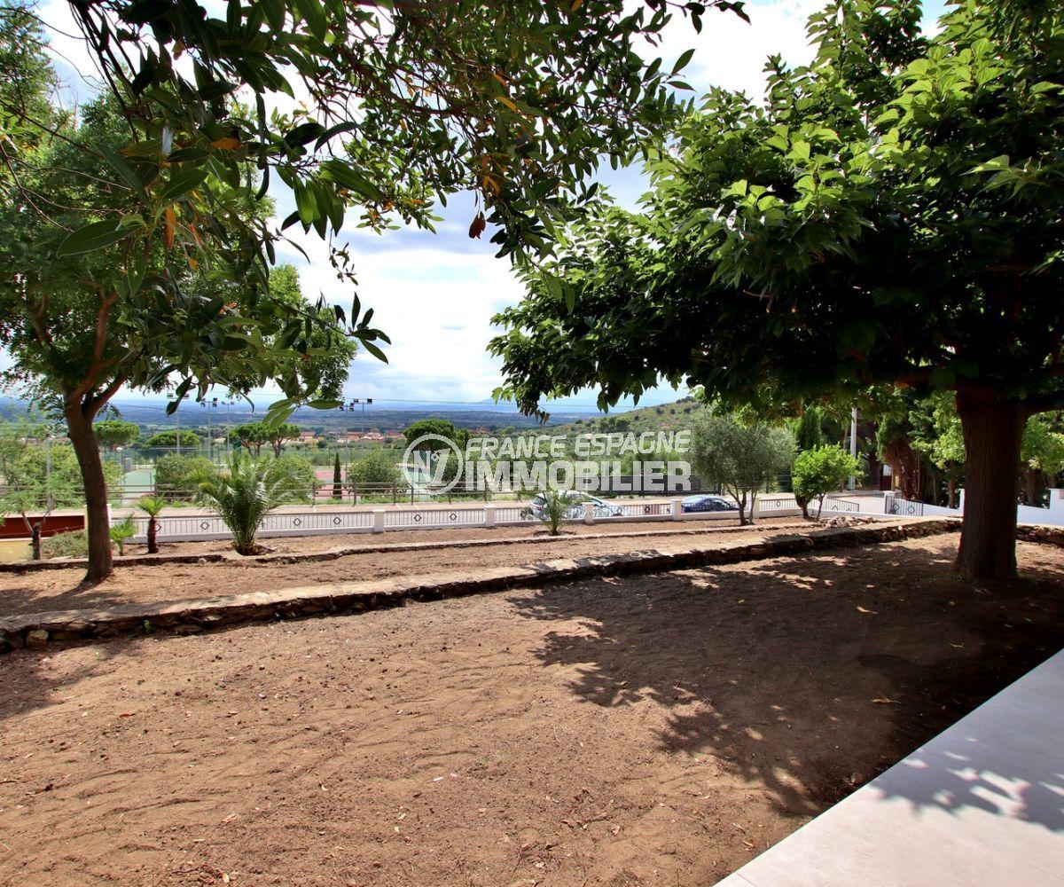 rosas immo: villa possibilité piscine, vue sur la mer depuis la terrasse couverte
