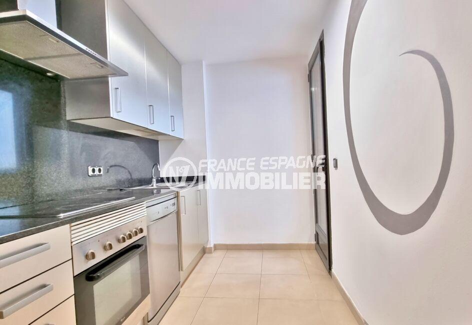 appartements a vendre a rosas, 3 pièces 68 m² 2 chambres, cuisine indépendante aménagée et équipée