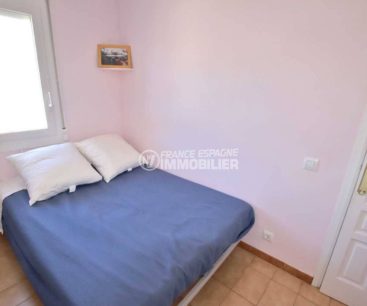 immo roses: appartement ref.3785, aperçu seconde chambre