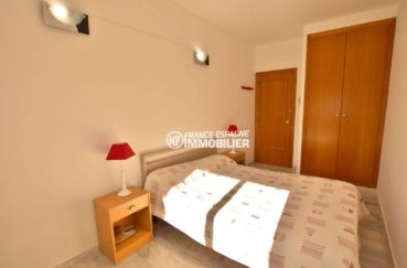 agence immobilière empuriabrava: appartement ref.3784, chambre avec penderie intégrée