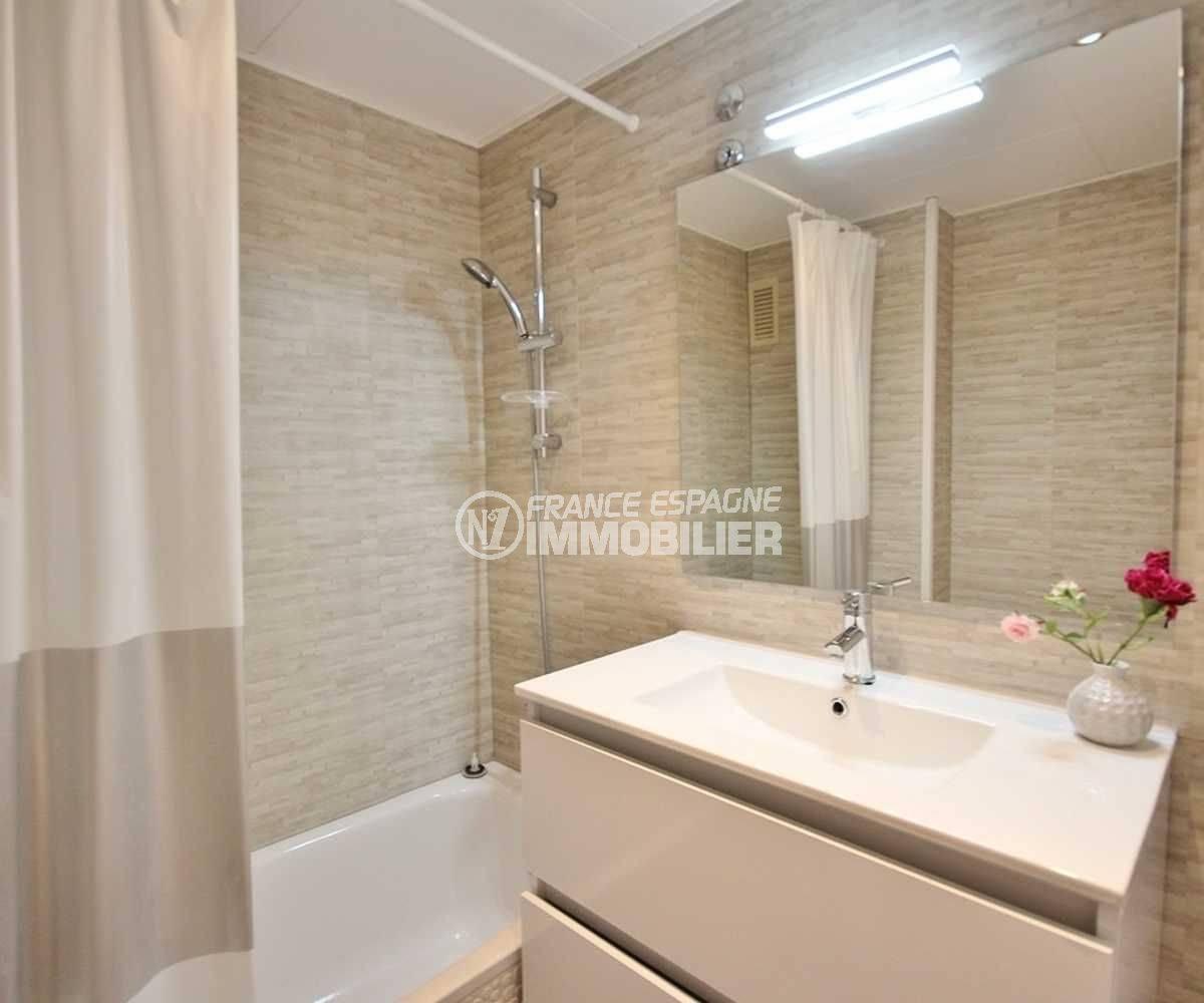 agence immo empuriabrava: studio ref.3772, aperçu de la salle de bains