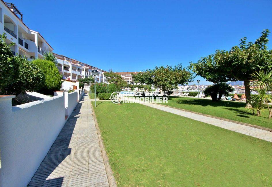 immobilier espagne costa brava: appartement ref.3783, promenade & accès vers la piscine