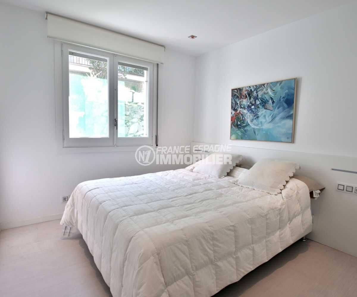 agence immobilière costa brava: appartement ref.3790, chambre 1 lumineuse