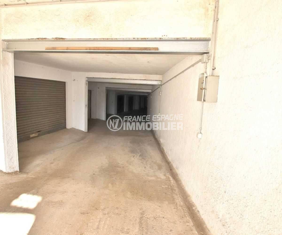 maison a vendre a rosas, ref.3773, aperçu de l'accès des garages privés au sous sol