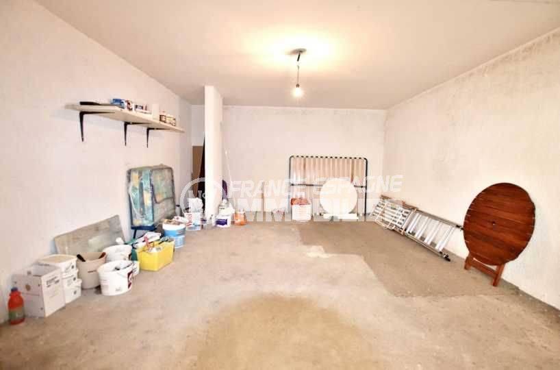 vente immobiliere rosas espagne: villa ref.3773, vue du garage privé  en sous-sol