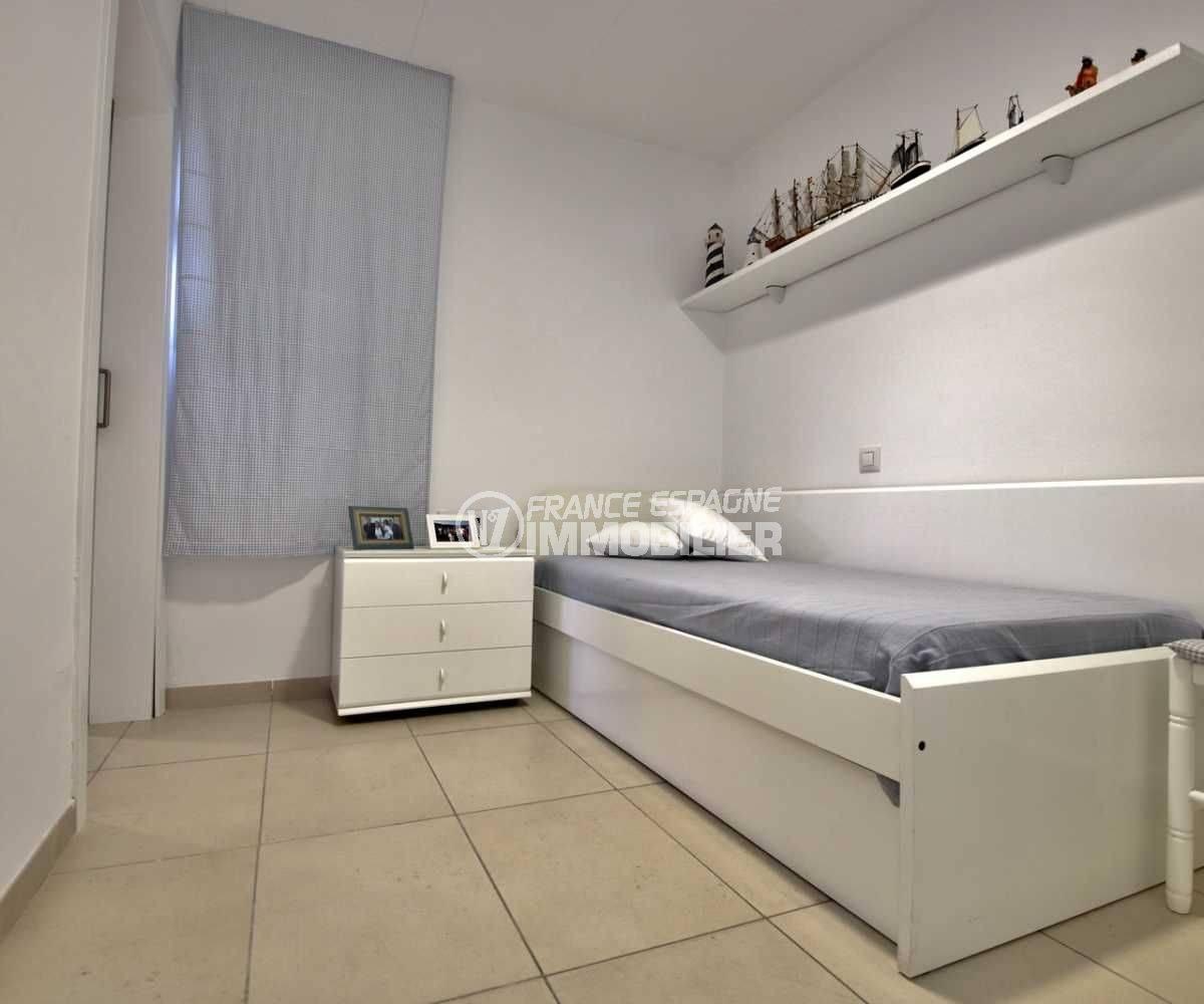 vente immobilier costa brava: ref.3796, chambre 2 avec un lit simple et des rangements