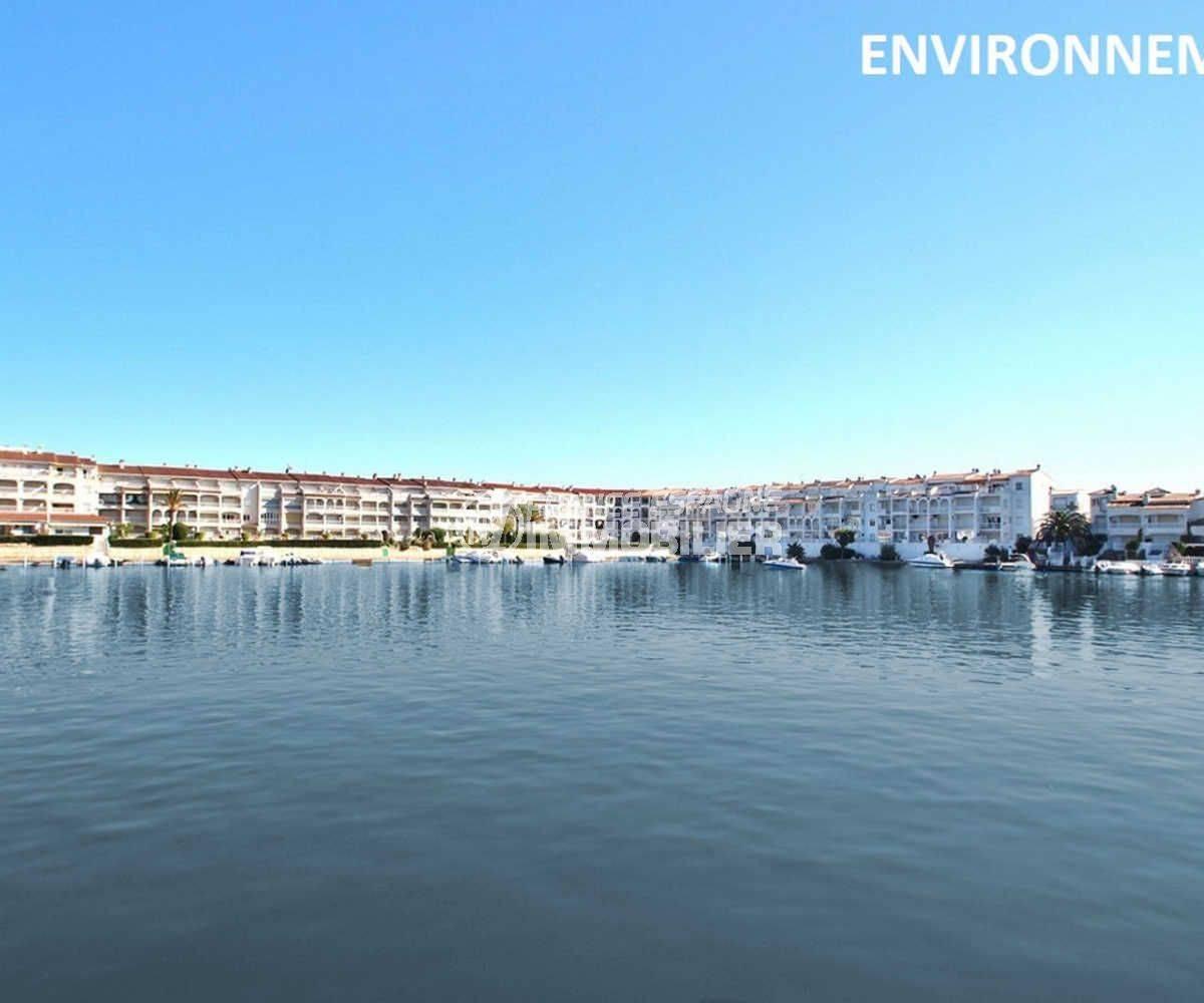 agence immobiliere costa brava: appartement ref.3783, aperçu du canal aux environs