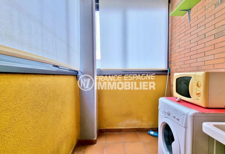 appartement à vendre à rosas, 3 pièces 68 m² 2 chambres, buanderie avec lavabo, lave-linge