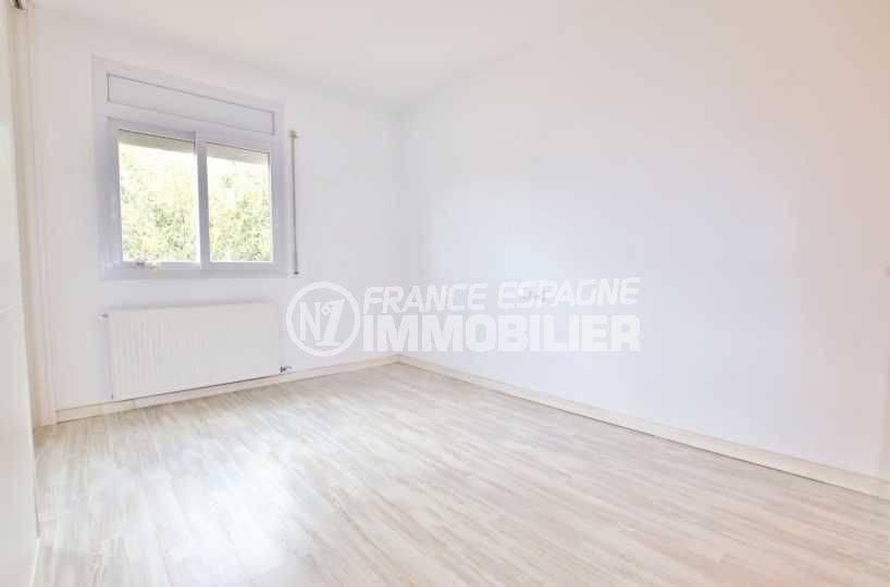 maison a vendre espagne catalogne, ref.3795, deuxième chambre avec chambre communicante