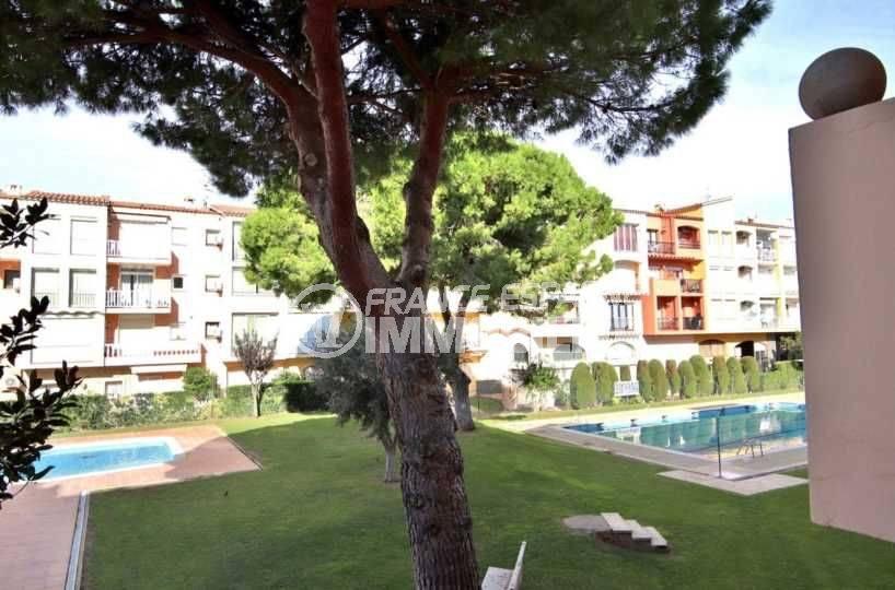 appartements a vendre costa brava, ref.3789, jardin et piscines de la résidence