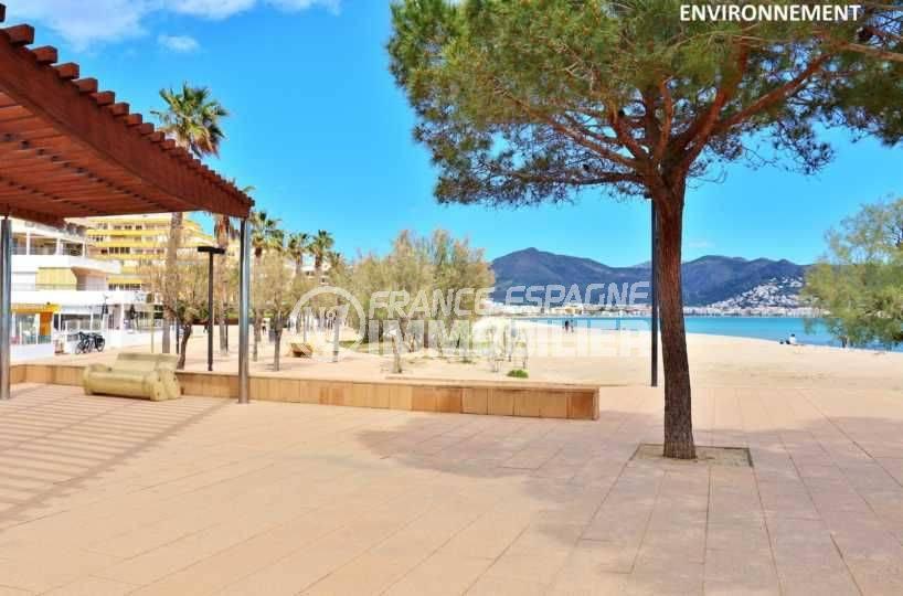 immobilier rosas espagne: appartement ref.3781, aperçu de la promenade le long de la plage environnante