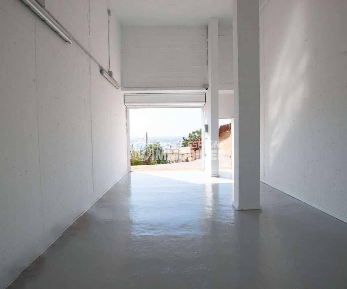 immo center rosas: villa ref.3803, garage 42 m² en rez-de-chaussée