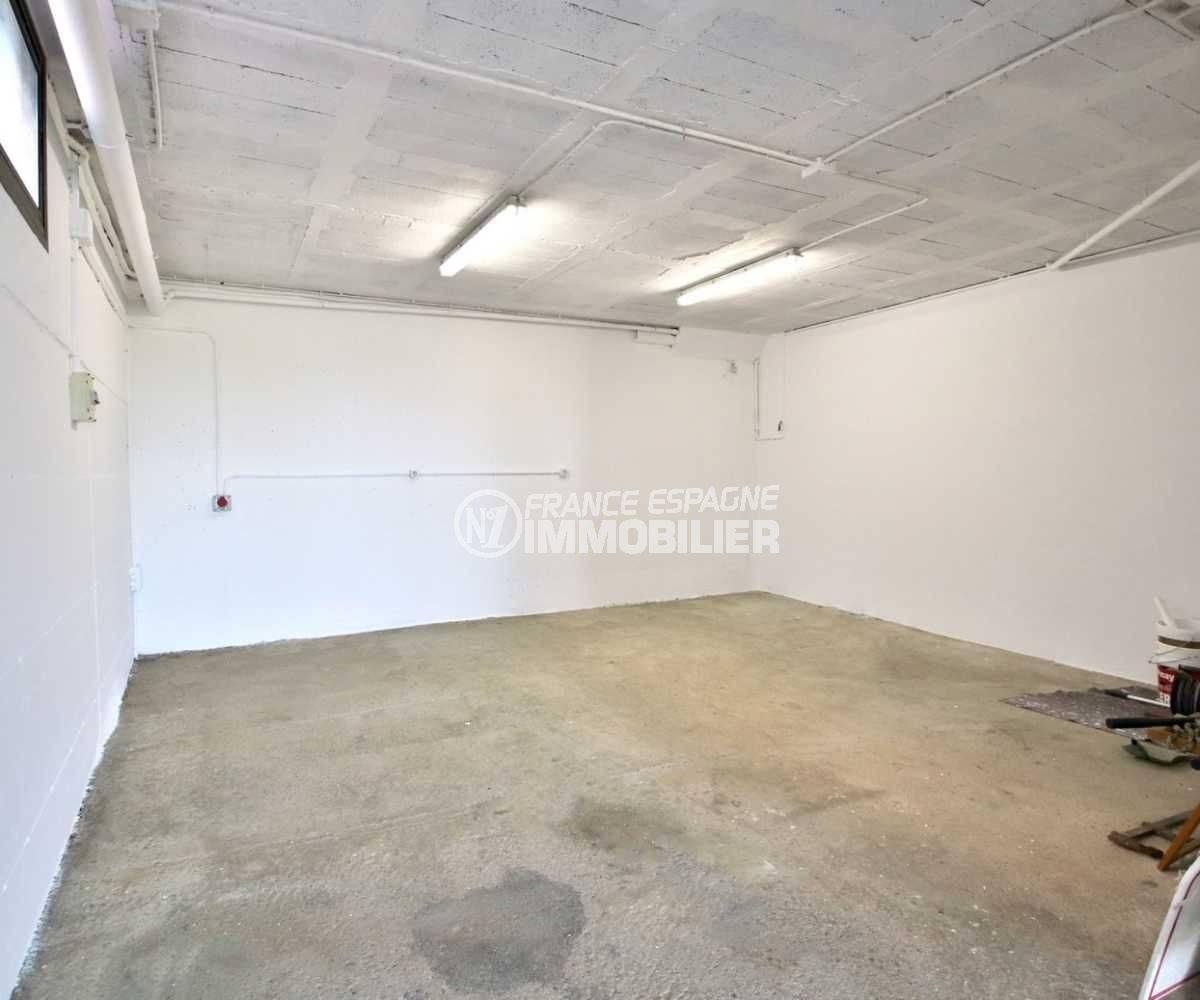 maison espagne costa brava a vendre, ref.3801, garage de 35 m²
