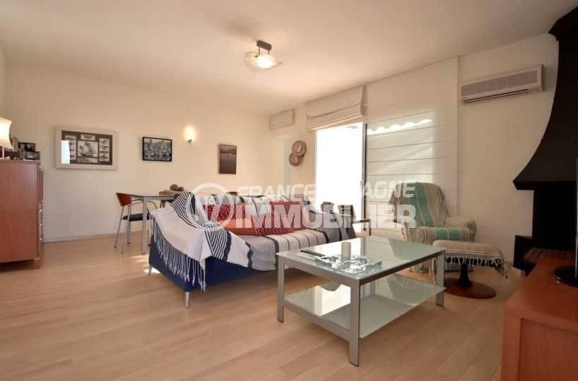 costabrava immo: villa ref.3796, salon / séjour de l'étage indépendant