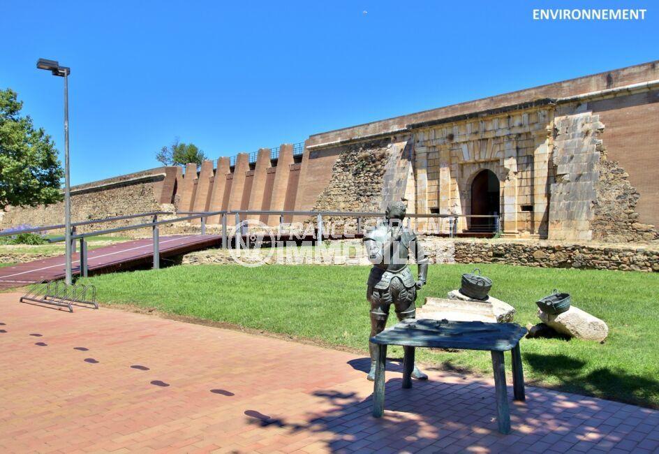 la ciutadella de roses se visite en toutes saisons et propose des vestiges historiques sur plus de 13 siècles