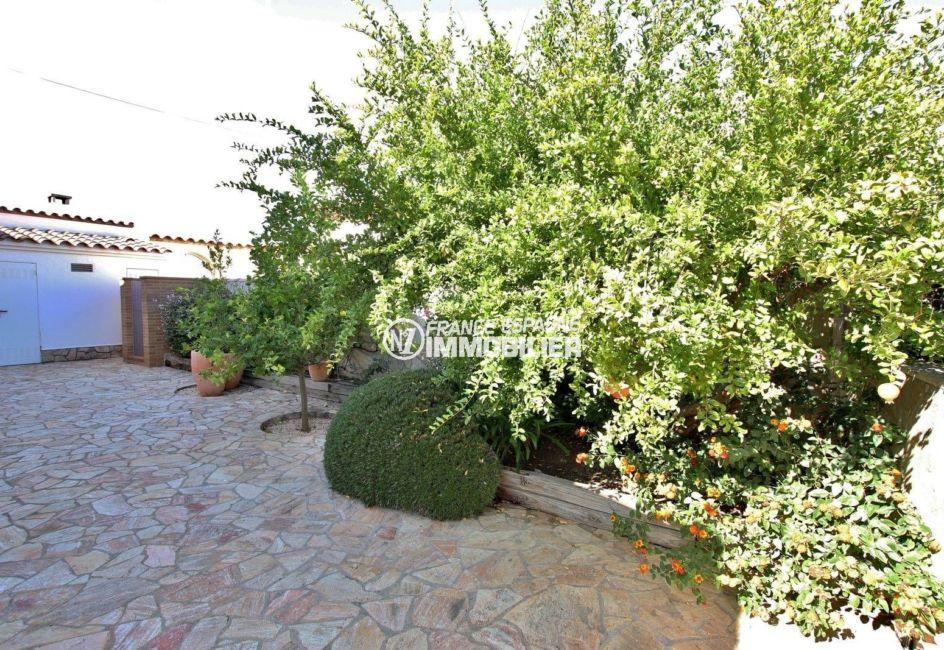 achat rosas espagne: villa 292 m², terrain de 700 m² avec piscine et amarre