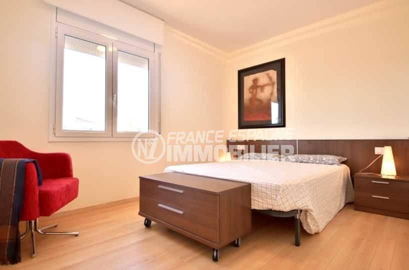 achat villa roses, ref.3796, chambre 1 avec lit double étage indépendant