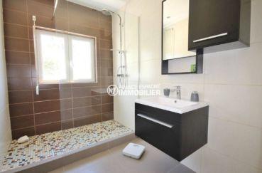 vente immobiliere rosas espagne: villa ref.3463, salle d'eau moderne