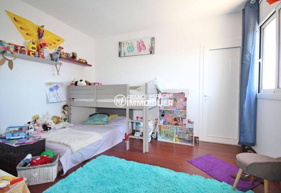 agence immobilière costa brava: villa ref.3463, chambre 4 à l'étage avec lits superposés