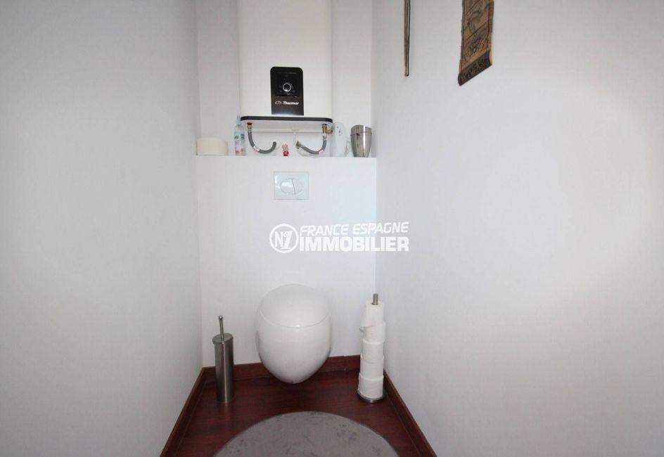 achat rosas: villa ref.3463, wc indépendants à l'étage