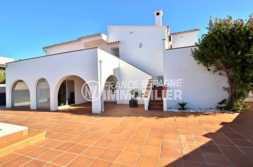 maison a vendre a rosas, ref.3796, villa avec étage indépendant par l'extérieur