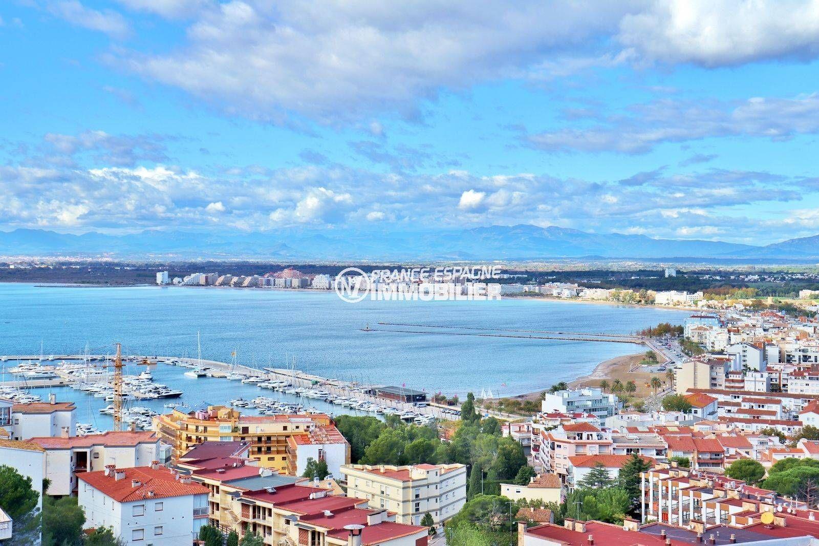appartement a vendre rosas, ref.3824, vue mer, parking commun, proche plage et commerces