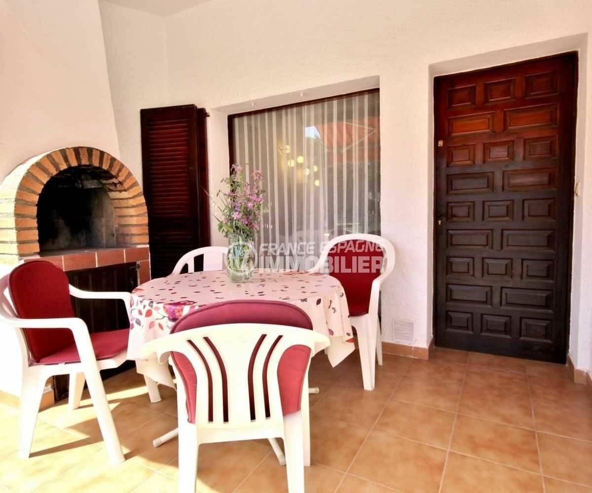 immo empuriabrava: villa ref.3822, terrasse expsotion sud ouest, acec barbecue