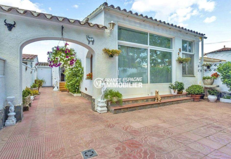 immobilier ampuriabrava: villa ref.3828, plain-pied, 2 chambres, terrain 198 m²