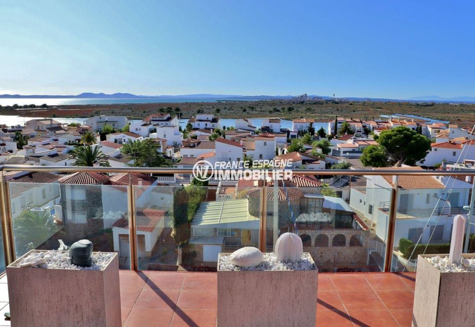 immobilier roses espagne: appartement atico vue mer ref.3812