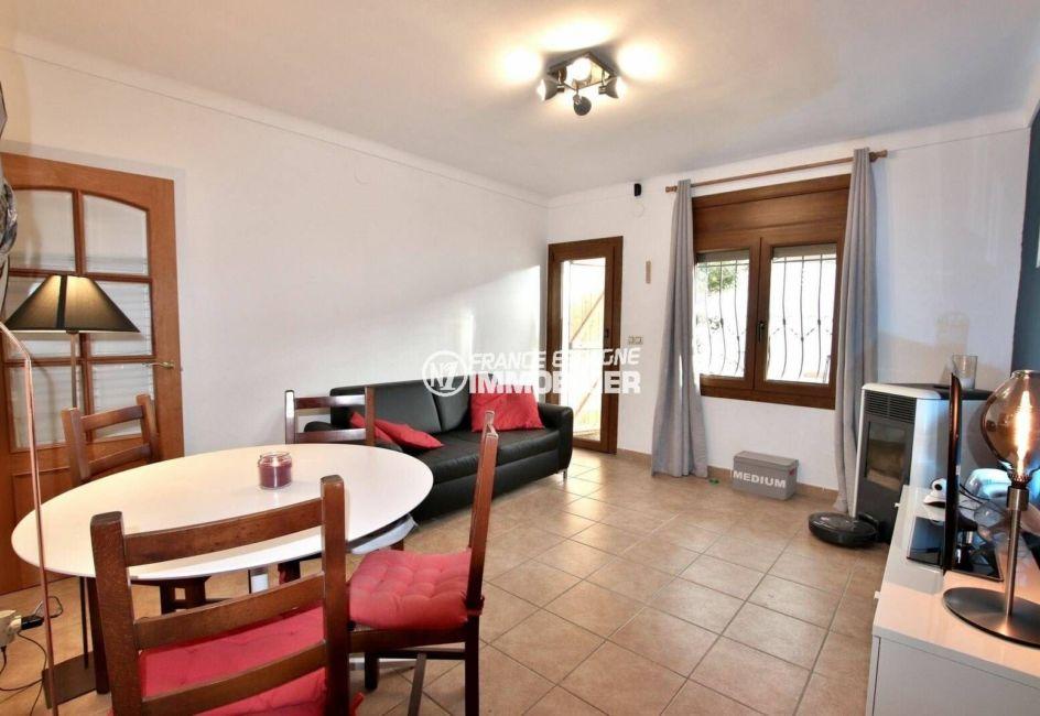 maison a vendre en espagne bord de mer pas cher, ref.3818, salon / séjour accès terrasse