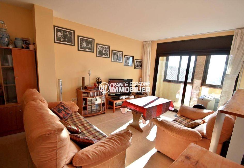 immo costa brava: appartement ref.3823, vue sur le salon / séjour accès terrasse véranda