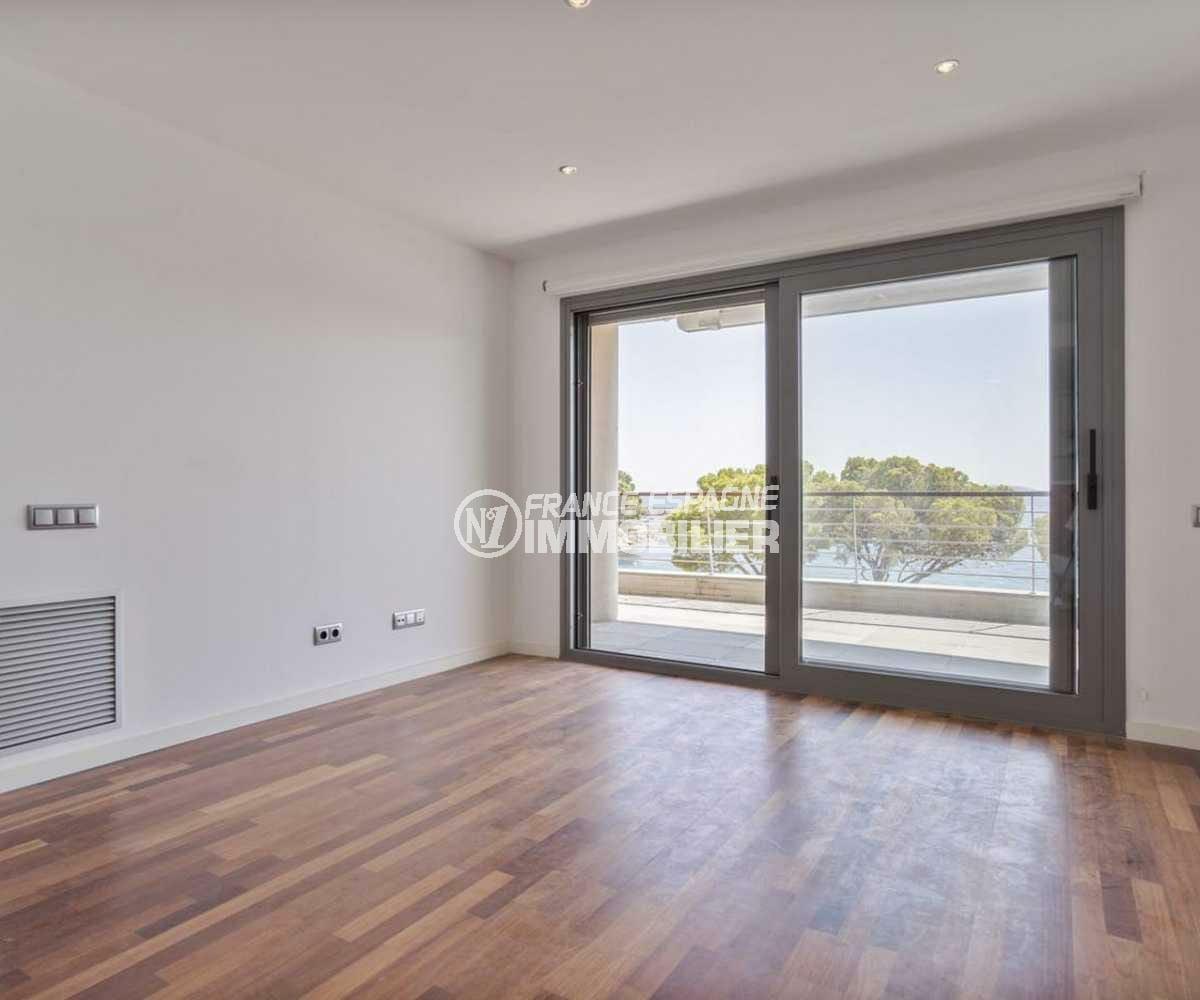 canyelles petites roses: appartement ref.3826, grand séjour avec son accès terrasse