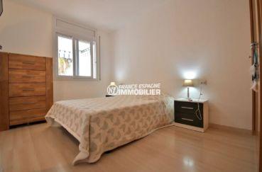 appartements a vendre a rosas, ref.3813, chambre lit double avec rangements